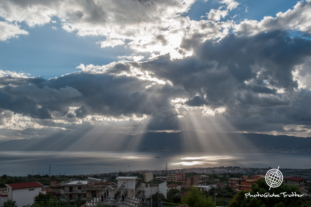 foto dello Stretto di Messina