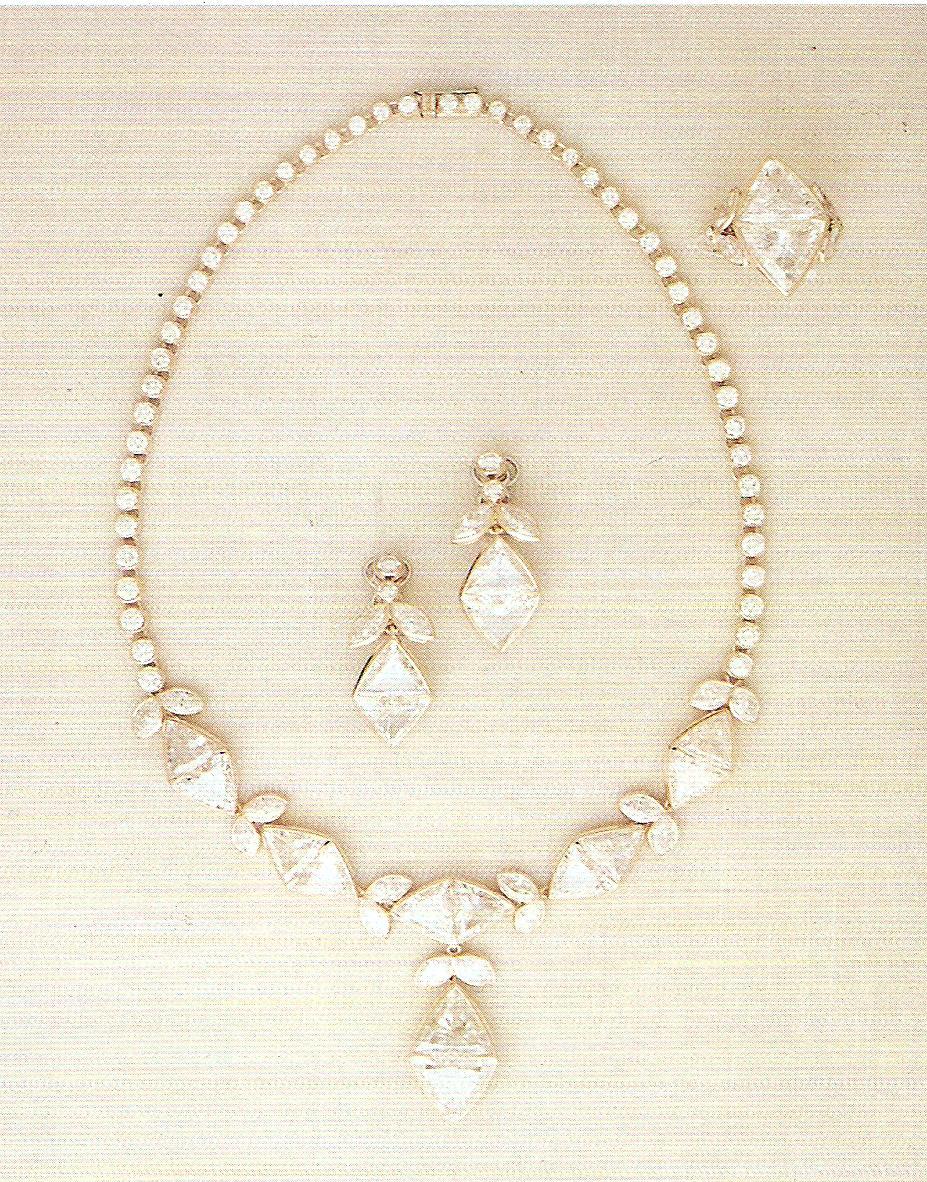 gioielli oro pietre preziose gemme pietre dure